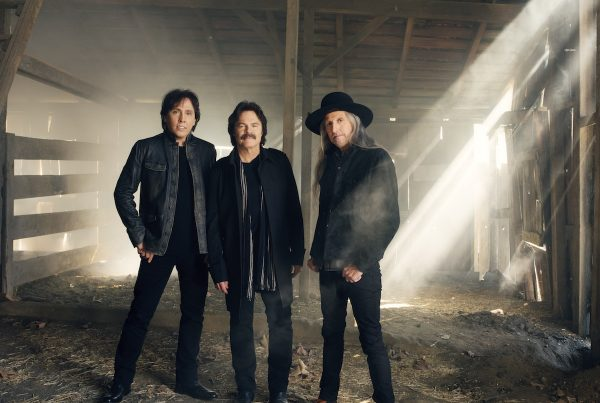 Doobie Brothers approved 2016